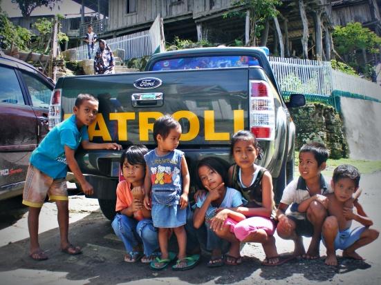 Anak-anak di Kampung Bitombang