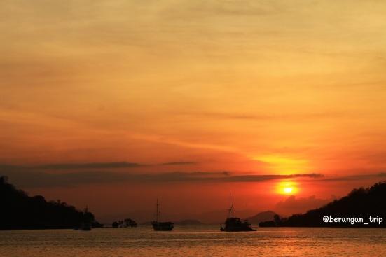 Sunset di Labuan Bajo yang super cantik