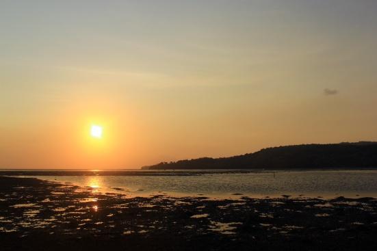 Pantai Jherat Lanjheng dengan sunset yang kece