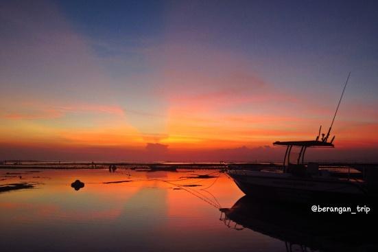 Paling sukak bias senja di Nusa Lembongan ini!